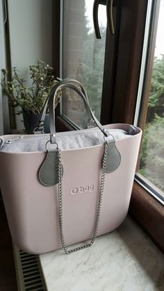 O Bag, Beautiful Hands, Hand Bags, Michael Kors Jet Set, Moonlight, Tote Bags, Purses And Bags, Jewelry Accessories, Aesthetics