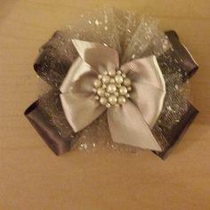 Dark Grey/ Silver/Pearl bow