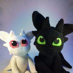 Free crochet pattern: Toothless Amigurumi - To the fluffy unicorn - Michaela - Dragon En Crochet, Crochet Dragon Pattern, Crochet Motif, Love Crochet, Crochet Baby, Crochet Unicorn, Knitting Patterns, Crochet Patterns, Pokemon