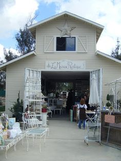 Cute.  Barn Sale - La Maison Rustique!