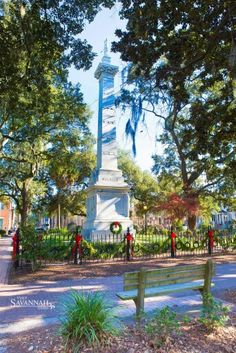 Would love to spend Christmas in Savannah!!