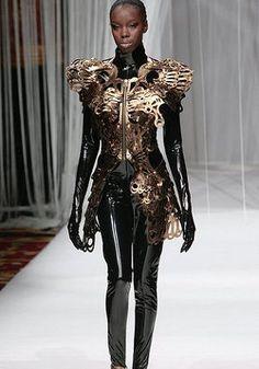Lie Sang Bong Fall 2009 RTW Metallic Zip-Front Dress Photograph