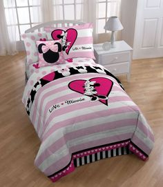 Bedroom, Fascinating Disney Minnie Bedding Set With Laminate Floor Along With White Arc Lamp As Well As Curtain: Warmth with a minnie mouse ...
