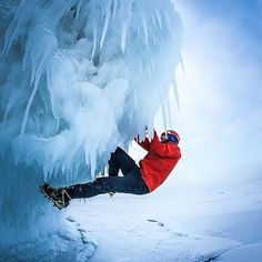 ice climbing photography Ice Climbing, Mountain Climbing, Snow And Rock, Hang Gliding, Base Jumping, Tall Ships, Extreme Sports, Mountaineering, Climbers
