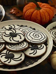 Ghoulishly Good Cookies #halloween #fall #cookies #dessert