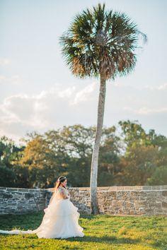 st augustine fine art wedding castillo de san marco floral wedding photographer