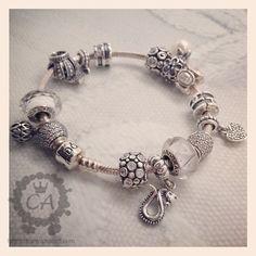 Sparkling pandora bracelet- Charms Addict      OHHHH i want one sooooooo badddddddd.