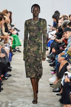 Kwaidan Editions Spring 2020 Ready-to-Wear Fashion Show - Vogue Catwalk Collection, Fashion Show Collection, Couture Collection, Vogue Paris, Camouflage Fashion, Camouflage Outfit, Over 50 Womens Fashion, Dress For Success, Models