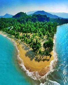 Já que o verão começou oficialmente somente há alguns dias que tal tomar um banho na lindíssima praia de Koh Samui na Tailândia? #calçathai #tailândia #praia #mar #férias #fotografia #natureza #kohsamui