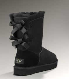 ok i love these uggs i have them but i like the pink ones better:)