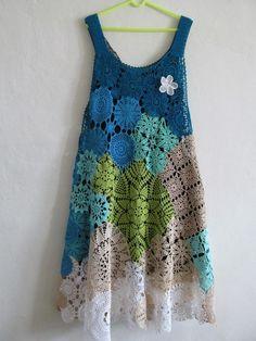 Fabulous Crochet a Little Black Crochet Dress Ideas. Georgeous Crochet a Little Black Crochet Dress Ideas. Motif Bikini Crochet, Crochet Motifs, Freeform Crochet, Crochet Blouse, Irish Crochet, Crochet Shawl, Crochet Doilies, Crochet Lace, Crochet Patterns