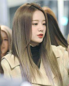 Kpop Girl Groups, Korean Girl Groups, Kpop Girls, K Pop Star, Red Velvet Irene, Covergirl, Pop Group, South Korean Girls, Asian Girl