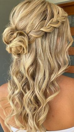 Cute Prom Hairstyles, Formal Hairstyles For Long Hair, Dance Hairstyles, Messy Hairstyles, Prom Hairstyles For Long Hair Half Up, Hairstyles For Weddings Bridesmaid, Simple Hairstyles For Long Hair, Bridesmaid Hair Half Up Long, Casual Hairstyles