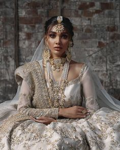 Asian Wedding Dress, Asian Bridal, Dress Indian Style, Indian Outfits, Prom Dresses With Sleeves, Bridal Dresses, Indian Aesthetic, Pakistani Formal Dresses, Bridal Lehenga Collection