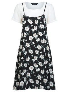 Floral Slip Tshirt Dress, miss selfridge - 90s Fashion, Fashion Dresses, Viscose Dress, Looks Plus Size, Tee Dress, Swing Dress, Clothes, Pattern Dress, Slip Dresses