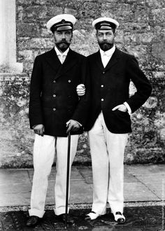 Photo: King George V of Great Britain with Tsar Nicholas II of Russia. (Photo by Keystone/Getty Images). Circa 1915