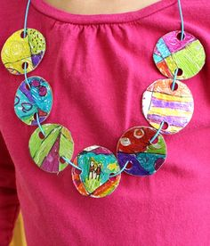 Upcycled Necklace Craft for Kids – Fantastic Fun & Learning - Camping Ideas Diy Crafts For Kids, Fun Crafts, Arts And Crafts, African Crafts Kids, Indian Crafts, Paper Crafts, Summer Camp Activities, Activities For Kids, Diy Niños Manualidades