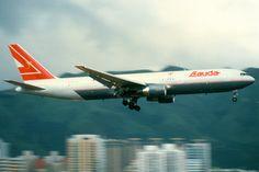 Lauda Air, Boeing 767-300ER, OE-LAW, Hong Kong Kai Tak