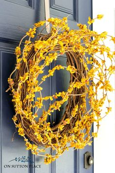 DIY Front Door Fall Wreath | Fast & Easy! Easy DIY front door wreath you can make yourself in less than 30 minutes.