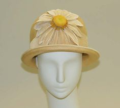 Hat Maker: Hat attributed to Maison Lewis (French) Date: 1923–25 Culture: French Medium: straw, silk Dimensions: Length at CB to CF: 9 7/8 in. (25.1 cm)