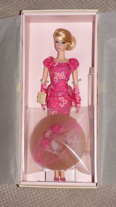 Silkstone Fashionably Floral Barbie NRFB 2015