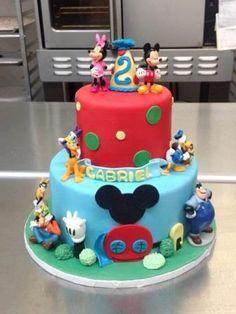 Mickey Mouse Disney Cake