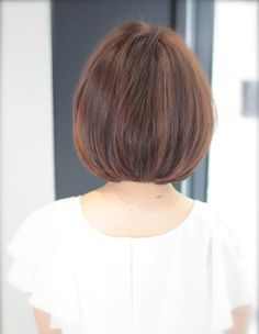 ふんわり大人なショートヘア(SG-208) | ヘアカタログ・髪型・ヘアスタイル|AFLOAT(アフロート)表参道・銀座・名古屋の美容室・美容院