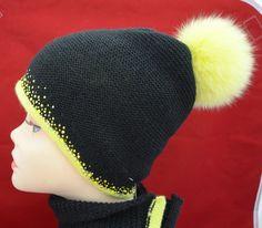Черная шапка Vizio 4752 женская с желтым помпоном и шарф вязаный комплект распродажа шапок и беретов Италия Vizio