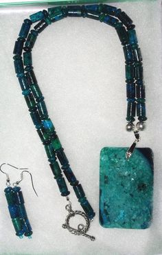 Handmade Druzy Agate Pendant Necklace Set       by SCLadyDiJewelry