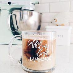 3 Attractive Tips: Coffee Break Friends starbucks coffee heavens. Coffee Is Life, I Love Coffee, Coffee Break, Iced Coffee, Coffee Drinks, Morning Coffee, Coffee Shop, Happy Coffee, Coffee Menu