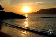 Pôr do sol na praia do Curral (Ilhabela/Brasil) - Foto: Márcio Bortolusso