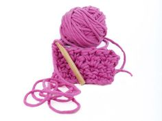 Giant chunky yarns and giant knitting needles for extreme knitting