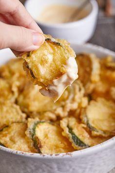 Cukkini tempurabundában   Street Kitchen Zucchini, Vegetarian Recipes, Healthy Recipes, Risotto, Food To Make, Clean Eating, Food And Drink, Veggies, Diet