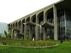 Oscar Niemeyer United Nations Headquarters, Oscar Niemeyer, Art And Architecture, 1, Buildings, Sculpture, Shapes, Design, House