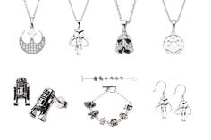 http://www.thekesselrunway.com/more-jewelry-entertainment-earth/ #thekesselrunway #starwarsfashion