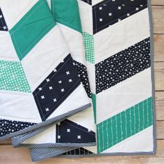 Baby Boy Quilt Patterns, Baby Boy Quilts, Lap Quilts, Modern Quilt Patterns, Quilt Patterns Free, Shirt Quilts, Girls Quilts, Block Patterns, Quilt Blocks