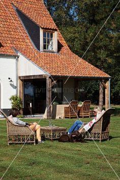 Bildnr.: 11007321<br/><b>Feature: 00790014 - In aller Freundschaft</b><br/>Belgisches Landhaus mit Geschichte<br />© living4media / Claessens, Bieke