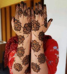 Top Simple Mehndi Designs - Easy-Peasy Yet Beautiful! Henna Hand Designs, Mehndi Designs Finger, Indian Henna Designs, Basic Mehndi Designs, Latest Bridal Mehndi Designs, Stylish Mehndi Designs, Mehndi Designs 2018, Mehndi Designs For Girls, Mehndi Designs For Beginners