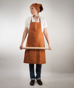 rust-colored linen apron with pockets :: i mean gimme a break. i'll quit the day job over this apron