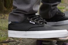 New trends, styles & looks for Spring 2015 for men, women & kids from the top brands in skate, snow, surf & style from Premium Label Outlet! Vans Skate, Skate Shoes, Surf Style, Spring Style, New Trends, Style Guides, Spring Fashion, Label, News