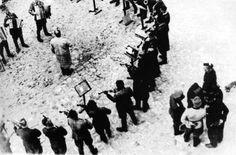 Оркестр заключенных Яновского концлагеря исполняет «Танго смерти»