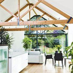 kitchen-lighting-ideas-vaulted-ceiling-RNgF : Home Design Idea Vaulted Ceiling Lighting, Vaulted Ceiling Kitchen, Vaulted Ceilings, Ceiling Windows, Glass Extension, Extension Ideas, Garden Bedroom, Dream Bedroom, Glass Room