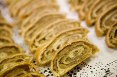 -------ROLLY POLLY ----- Christmas recipes from around the world.pictured: potica, a Slovenian Christmas treat of pastry dough filled with a sweet, nutty filling. Variations of this delicious baked good are popular throughout Eastern Europe. Potica Recipe Slovenia, Holiday Recipes, Christmas Recipes, Holiday Appetizers, Slovenian Food, Delicious Desserts, Dessert Recipes, Croatian Recipes, World Recipes