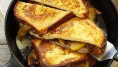 Cabot's Ver-Monte Cristo Sandwich on the Big Green Egg is a warm treat for the weekend! Cheddar Cheese Recipes, Grilled Cheese Recipes, Monte Cristo Sandwich, Green Egg Recipes, Wrap Sandwiches, Breakfast Sandwiches, Apple Cider Donuts, How To Make Sandwich, Good Healthy Recipes