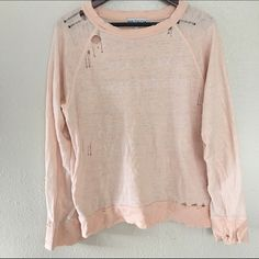 WILDFOX SZ LARGE DISTRESSED VODKA TONIC SWEATER Great condition Wildfox Sweaters