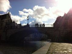 People on the bridge. Gante, Brussels.