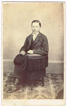 Cyrus R Lerch in Bethlehem Pennsylvania by M A Kleckner 1860's CDV ID'D | eBay