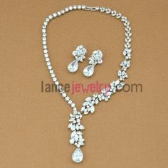 Glittering white color zirconia beads necklace and earrings set 42-48cm, $40