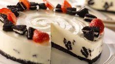 Oreo Vanilla Cheesecake recipe by Philadelphia. Cheesecake recipe with an oreo twist! Serves Find more great Cheesecake, Desserts recipes at Kitchen Goddess. Easy Cheesecake Recipes, Cake Mix Recipes, Oreo Cheesecake, Easy Cookie Recipes, Sweet Recipes, Dessert Recipes, Kraft Recipes, Strawberry Cheesecake, Easy Vanilla Cake Recipe