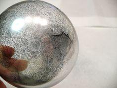 Pentart dekor: Karácsonyi gömb tükör permetfestékkel
